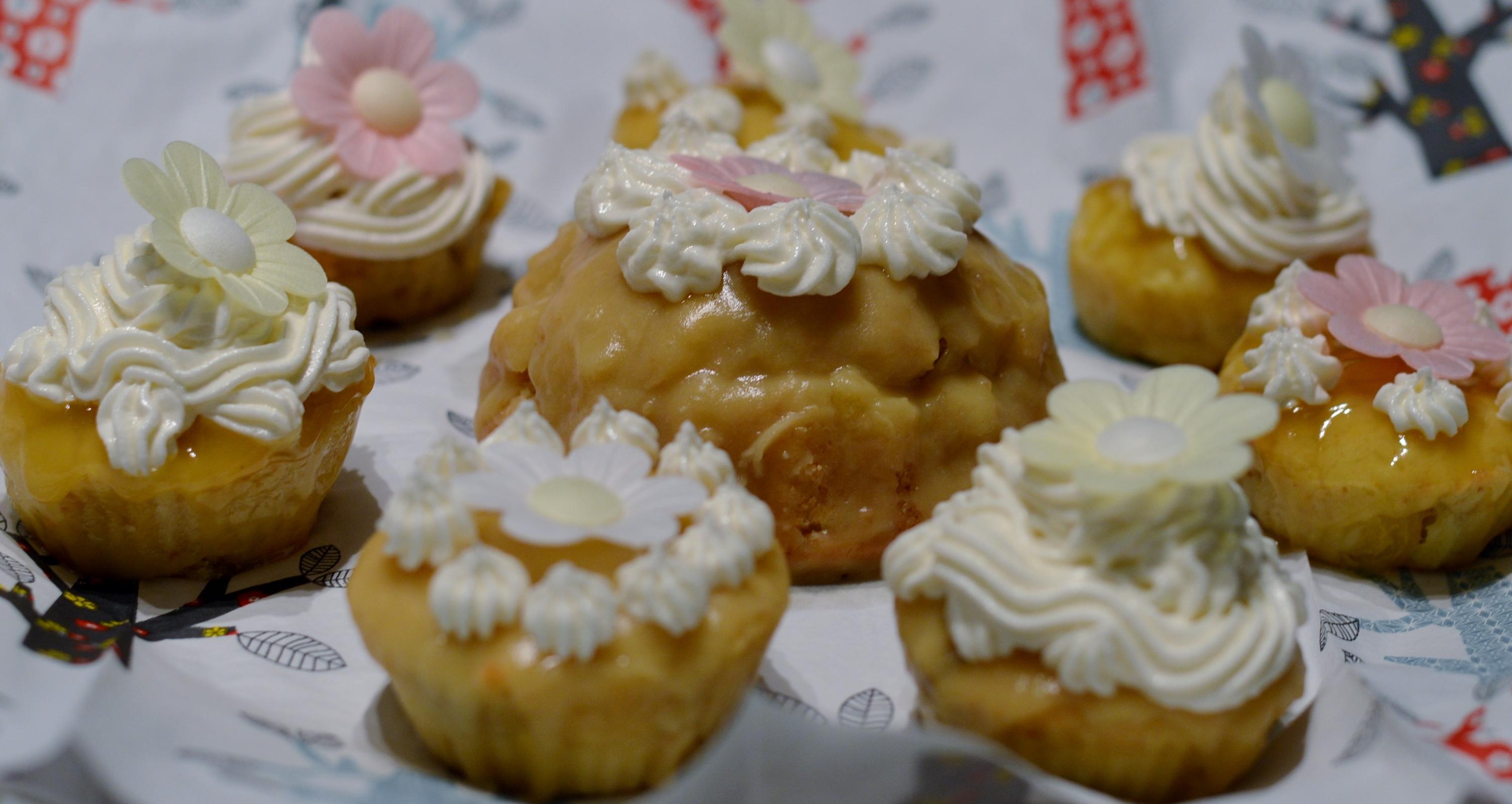 Avilia's Rezept: Vegane Feigen-Macadamia -Cakes mit weißem Schokoüberzug