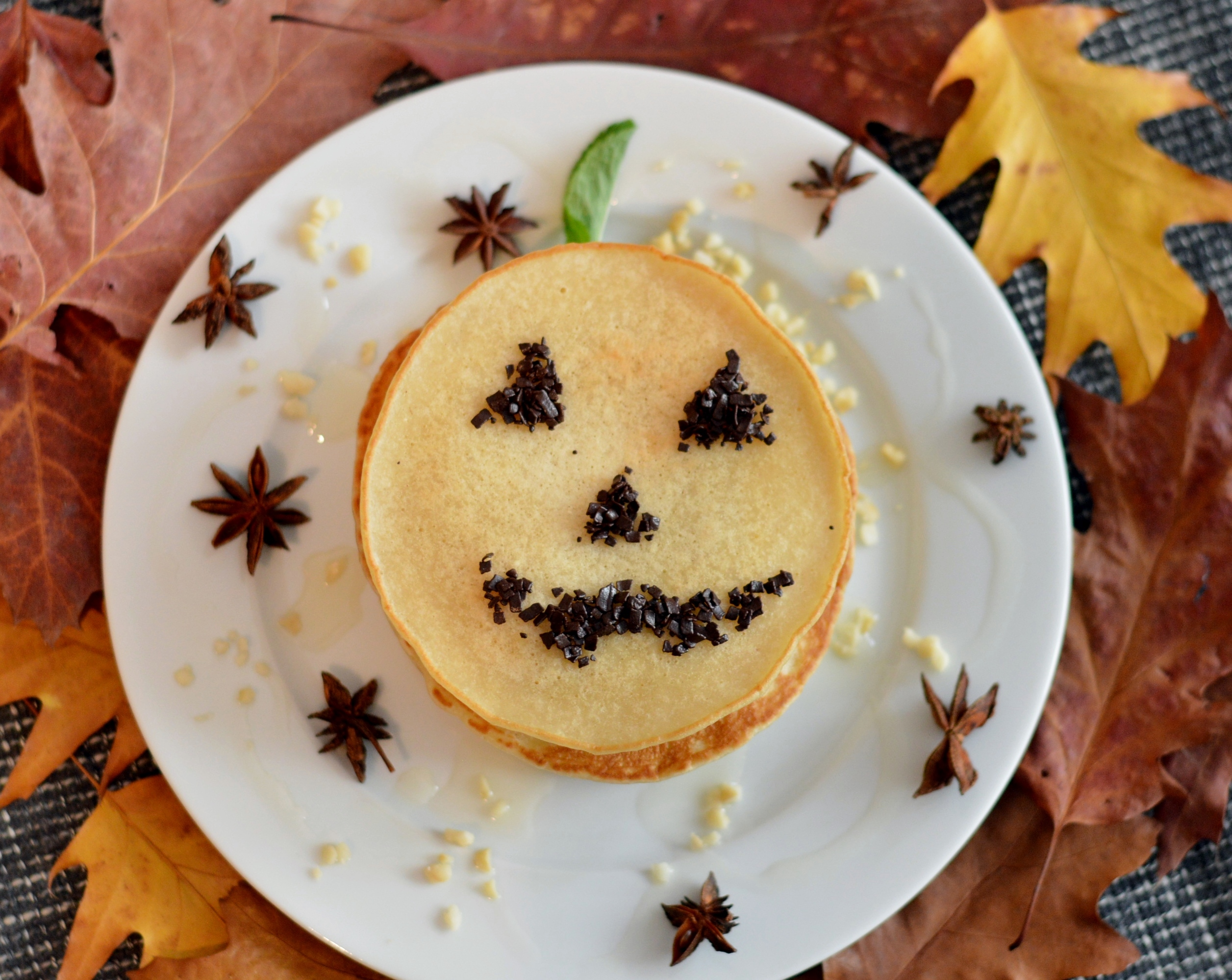 Vegan HAPPY HALLOWEEN-Pumpkin Spice-Pancakes