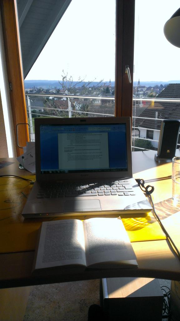 Arbeit am Schreibtisch ergotopia