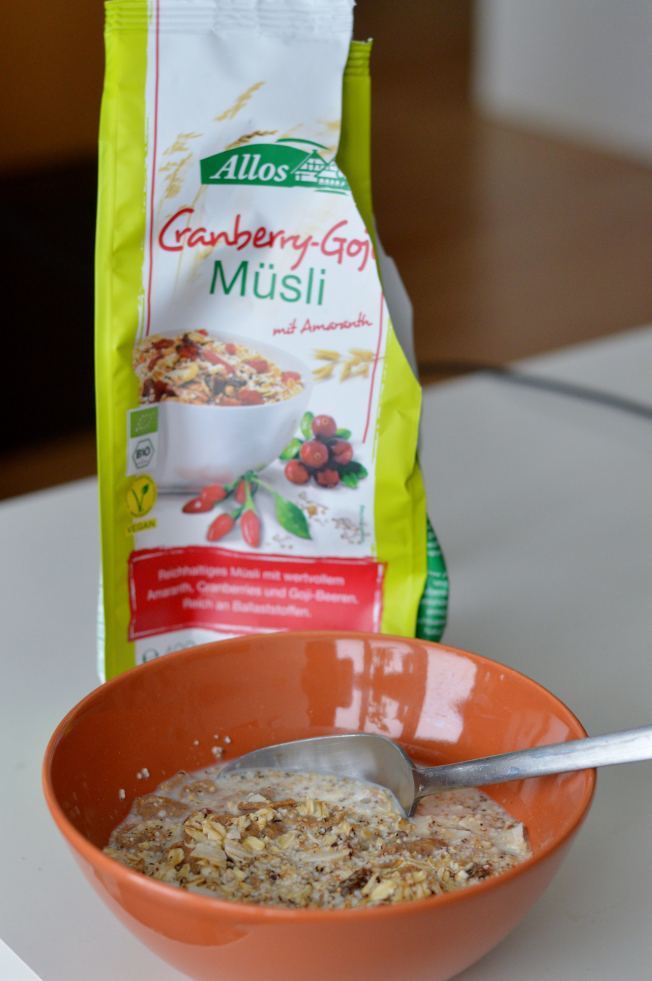 Cranberry-Goji-Müsli aus der Vegan Box