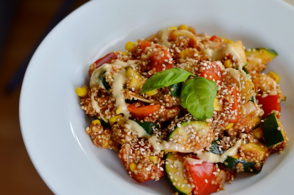 vegan vegane Gemüse Quinoa Pfanne