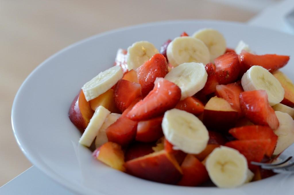 Erdbeeren, Bananen und Nektarine